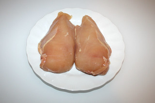 01 - Zutat Hähnchenbrust / Ingredient chicken breast