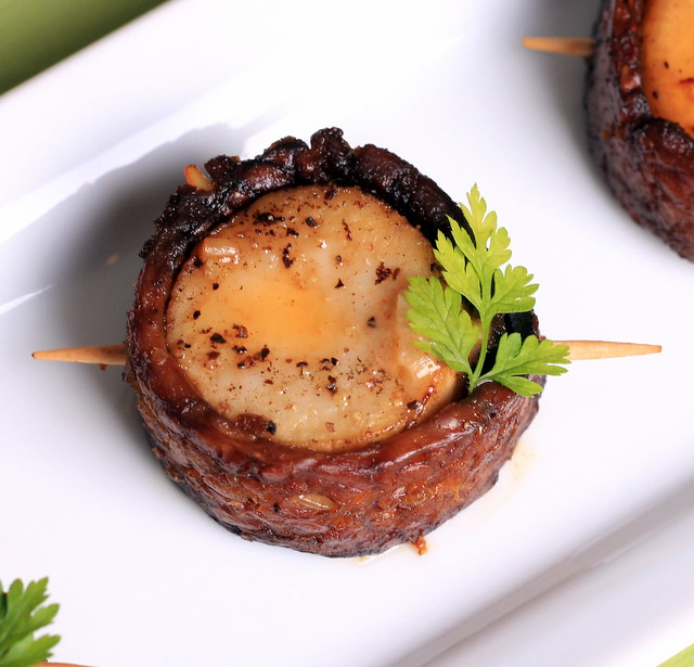Vegan Bacon-Wrapped Scallops with Paprika Cream Sauce