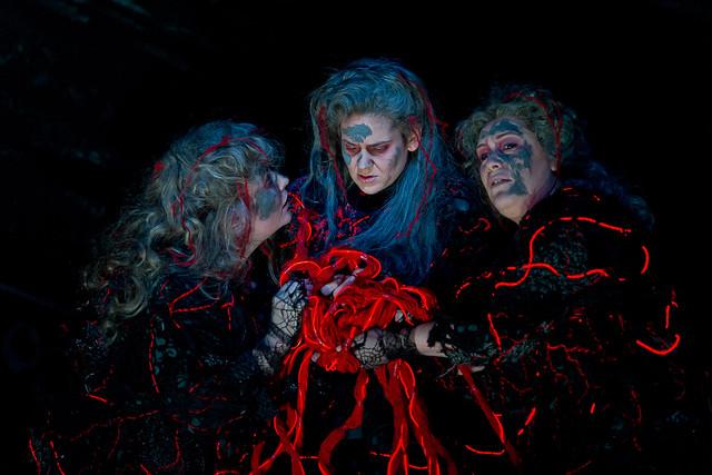Maria Radner, Karen Cargill and Elisabeth Meister as Norns  in Götterdämmerung © Clive Barda/ROH 2012