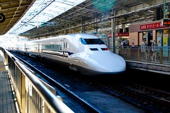 train station, bullet train, metropolitan area, high-speed rail, passenger, vehicle, train, transport, rail transport, public transport, rolling stock, land vehicle, rapid transit,