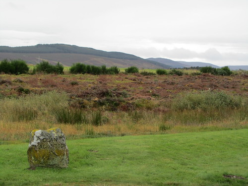 UK - Scotland - Highlands - Inverness - Culloden - Battlefield Site - Graves of the Clans - Clan Mackintosh by JulesFoto