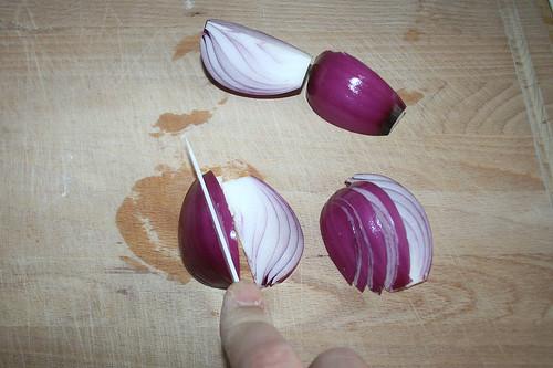 22 - Zwiebel schneiden / Cut onion