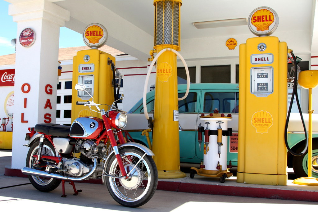 Superhawk at the Shell Station