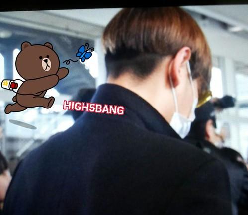 TOP arriving Hong Kong 2015-03-13 High5Bang 01