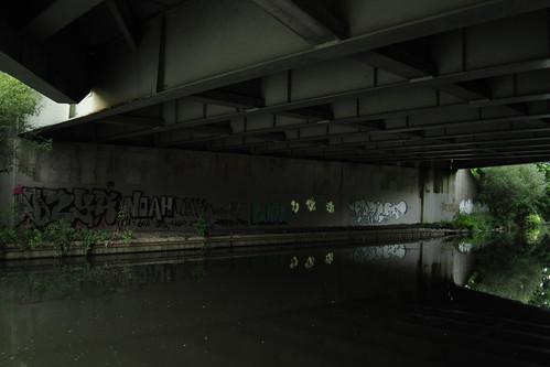 Graffiti under second M4/Brent bridge