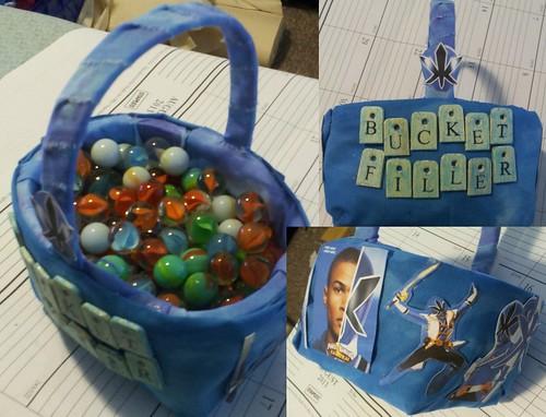 Bucket filler (12)