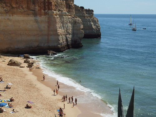 Sol, areia e mar by MauFeitio