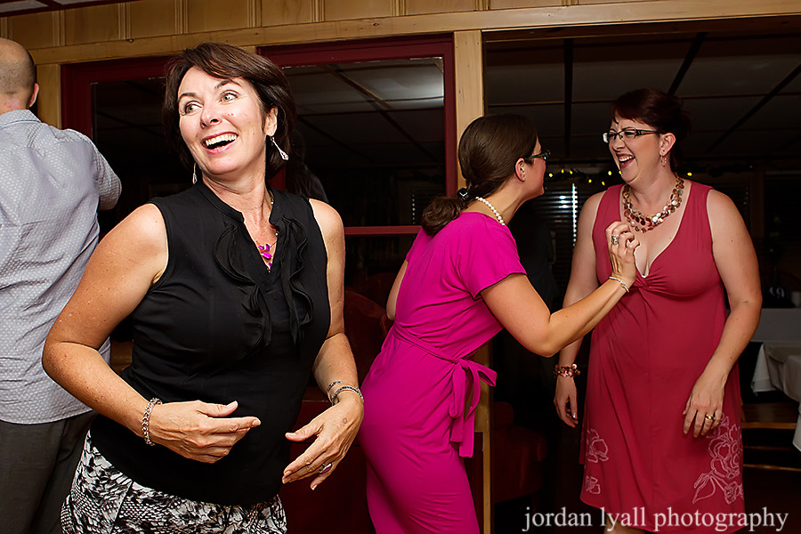 irwin-inn-lakefield-wedding-501p