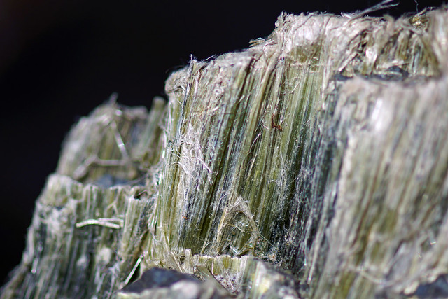 Threads And Fibers Mail: Chrysotile Mineral Ore Fibers - White Asbestos