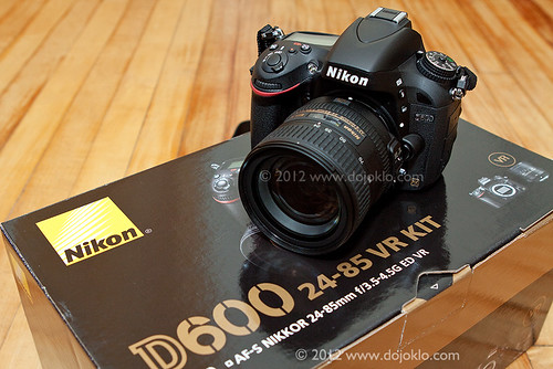 Nikon D600 unbox unboxing full frame FX dSLR camera 35mm new kit lens