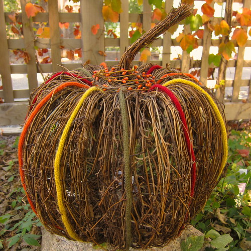 Iron Craft Challenge #19 - I-cord & Grapevine Pumpkin