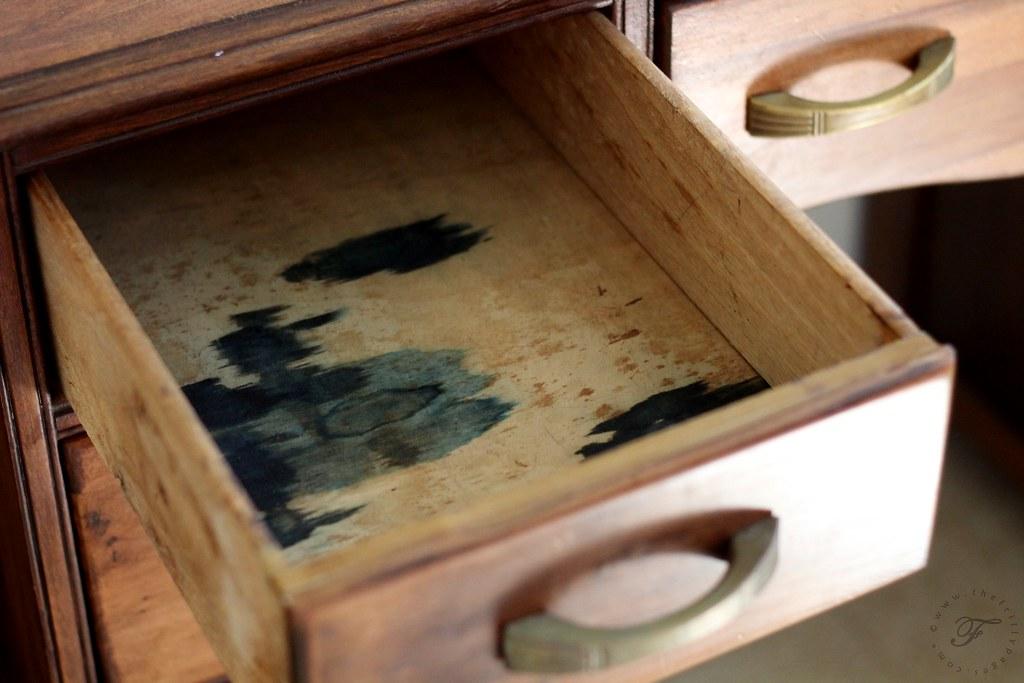 Inside of Drawer: Before