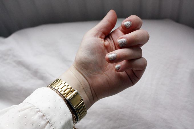 sparklyyy nails