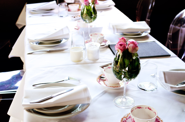 societea table setting b