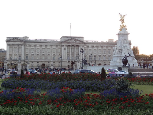 Buckingham Palace With Flowers