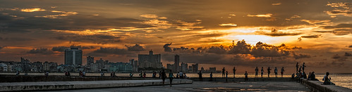almost sunset...Malecon, Cuba by Rey Cuba