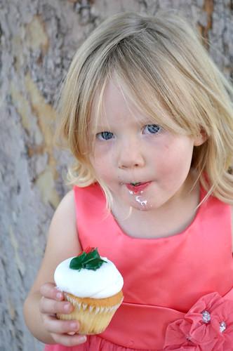 Daisy Eats a Cupcake