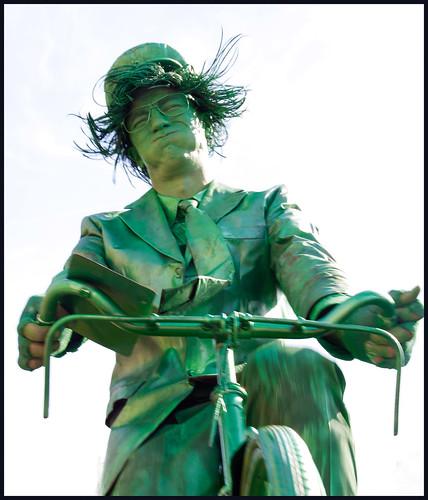 levend standbeeld 4 by hans van egdom