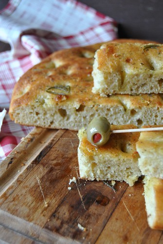 Chickpeas flour focaccia with rosemary and garlic