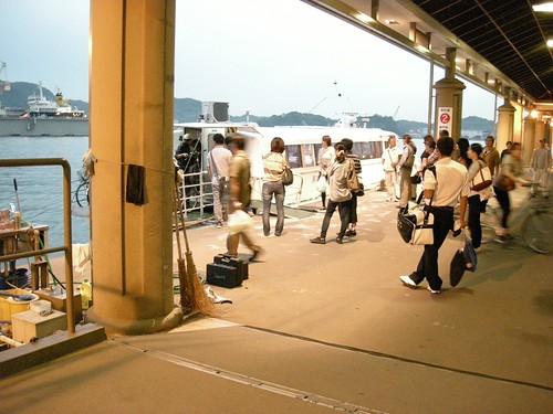 尾道の港にて