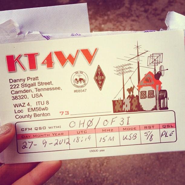 Sain tämän postissa ja lisäksi kirjekuoren jossa oli $2 ja valmis osoite???? #mitäshelvettiä #wtf #viestiavaruudesta #APUA