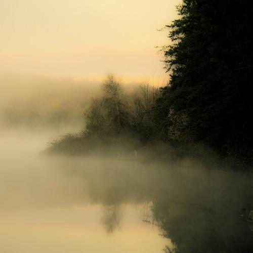 L'espérance d'une autre belle journée...!!! by Denis Collette...!!!
