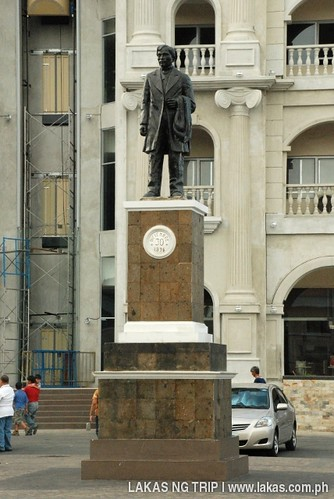 Jose Rizal statue across the street at the front of the Church of Balanga, Bataan