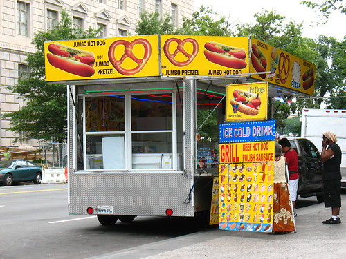 hot dog stand next to the White House
