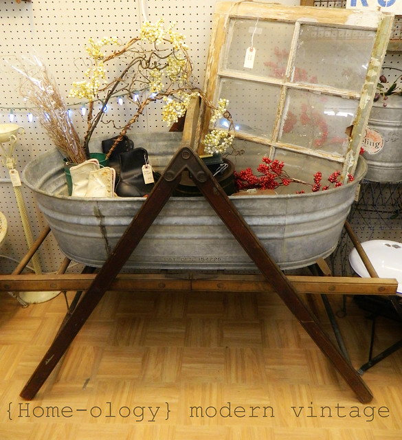 fall inventory via homeologymodernvintage.com