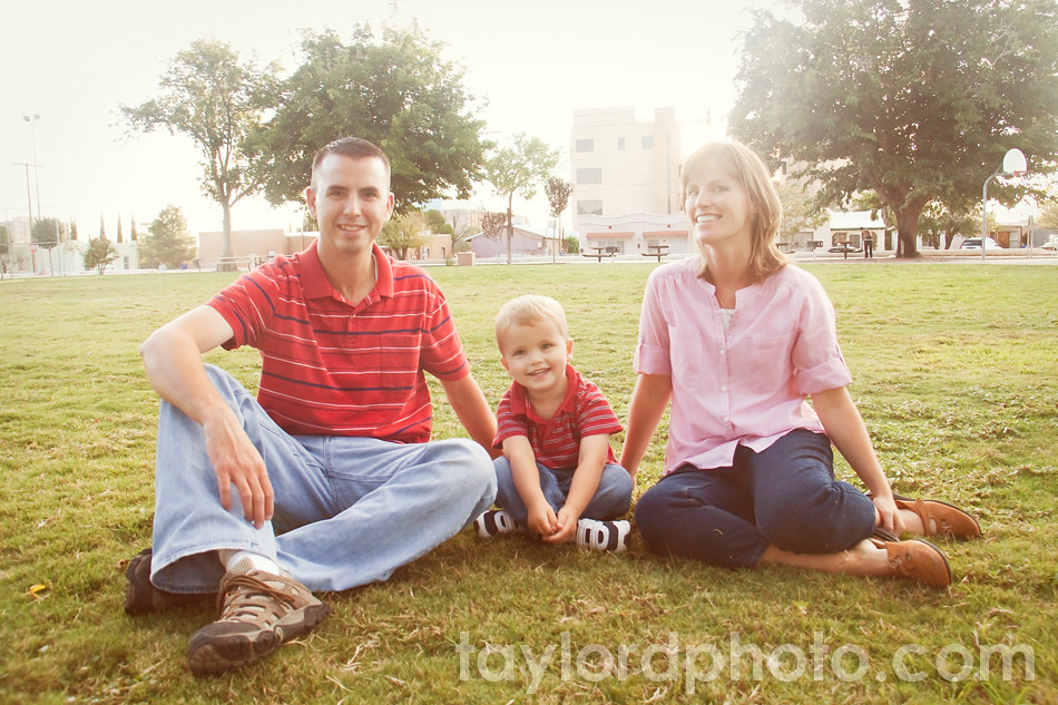 family_pictures_in_the_park_5