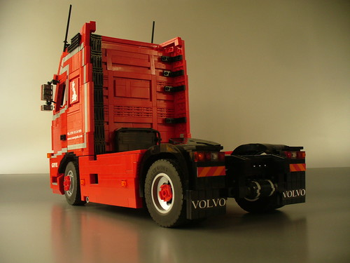 light red truck grey volvo model with lego diesel sweden interior detroit tan give custom moc bluish rolands fh16 kirpis sweish svaergods dd15