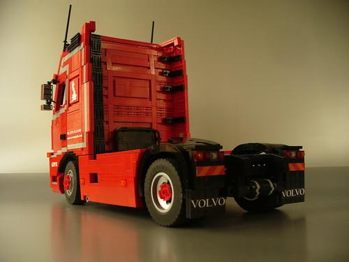 light red truck grey volvo model with lego diesel sweden interior detroit tan give custom moc bluish rolands fh16 kirpis sweish svaergods dd15
