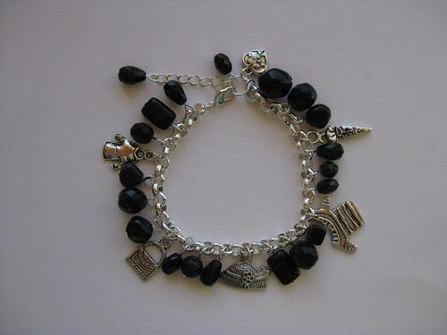 Bracelet by ONE by one