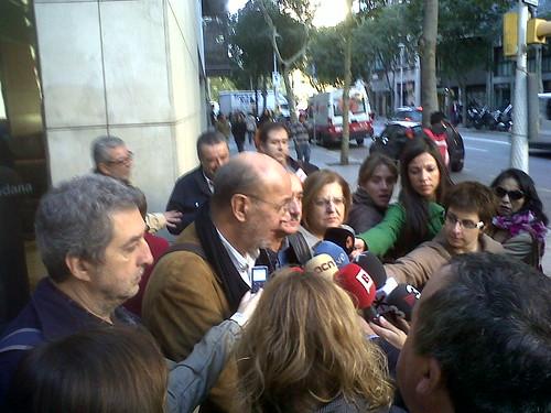 atenent als mitjans Sec.Gral. CGT Catalunya,àngel Bosqued, amb els d´UGT,CCOO I USOC,al coincidir convocatòria pròpia Vaga General CGT Catalunya #14n, amb l´altra convocatòria de CCOO, UGT i USOC #14n