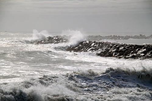 Stormy Seas by BarbaraS2009 via I {heart} Rhody