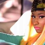 Nicki Minaj learns how to use Snapchat the hard way