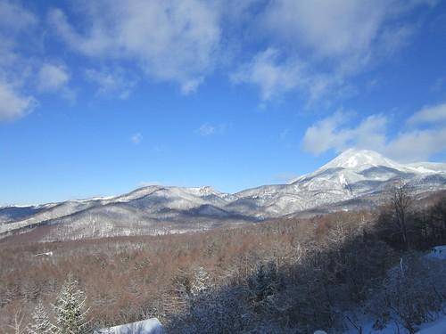 蓼科山(右)と八子ヶ峰(左) 2013年1月27日9:53 by Poran111