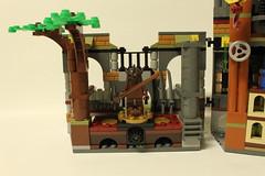 LEGO Teenage Mutant Ninja Turtles Turtle Lair Attack (79103)