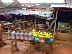 Palm oil and oranges, roadside market, Erin Oke, Osun, Nigeria. #JujuFilms