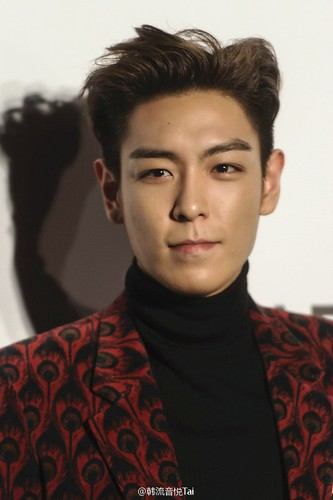 TOP - amfAR Charity Event - Red Carpet - 14mar2015 - yinyuetaikoreamusic - 03