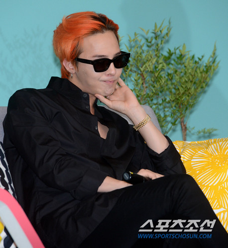 G-Dragon - Airbnb x G-Dragon - 20aug2015 - Sports Chosun - 16