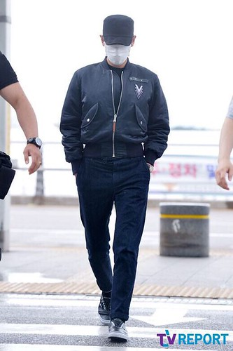 Big Bang - Incheon Airport - 26jun2015 - TV Report - 18