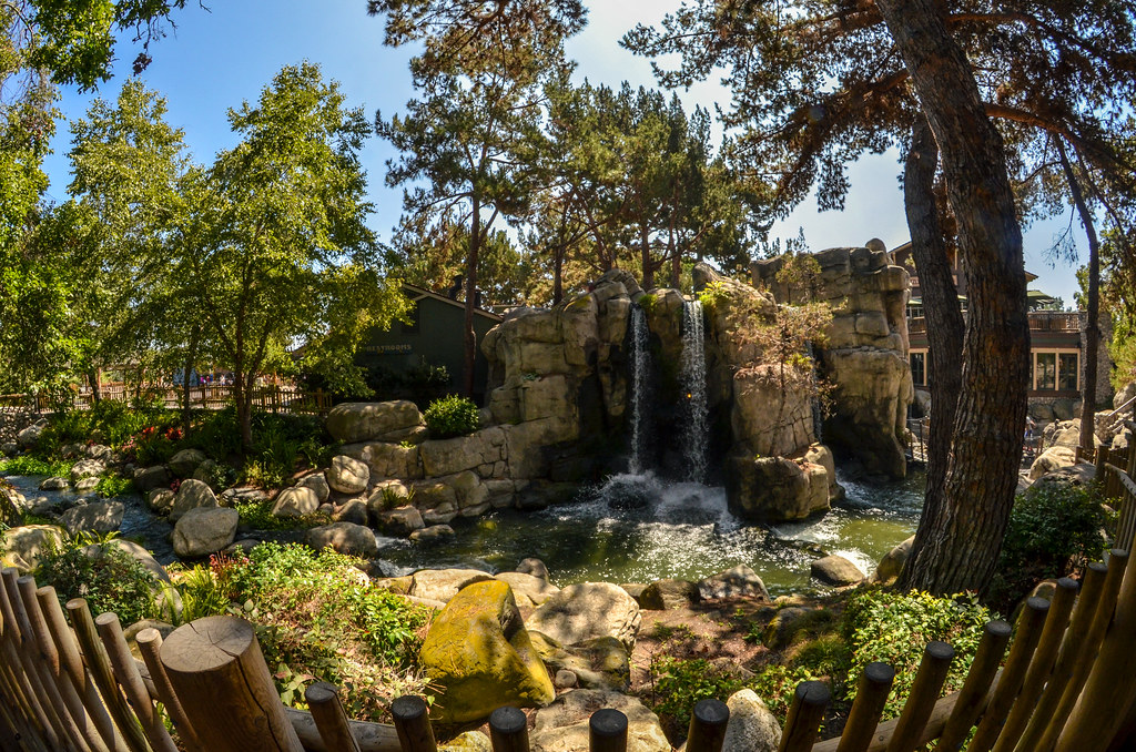 Knotts waterfall