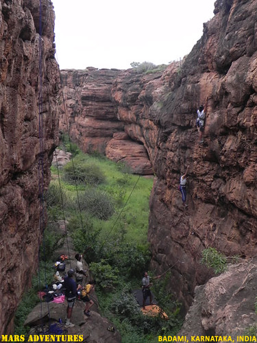 Rock_Climbing_Badami_Oct_2012_4
