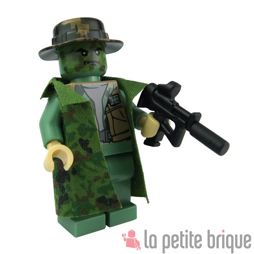 Lego Custom Minifig Soldier with printed boonie by La Petite Brique