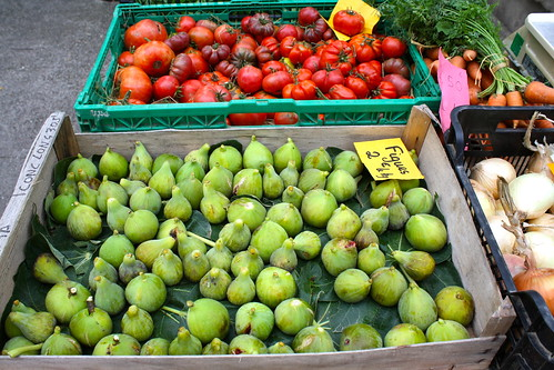 Green Figs, Colourful Tomatoes at Lezignan market