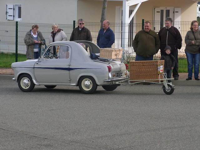 Embouteillage de Lapalisse 2012 - Vespa 400