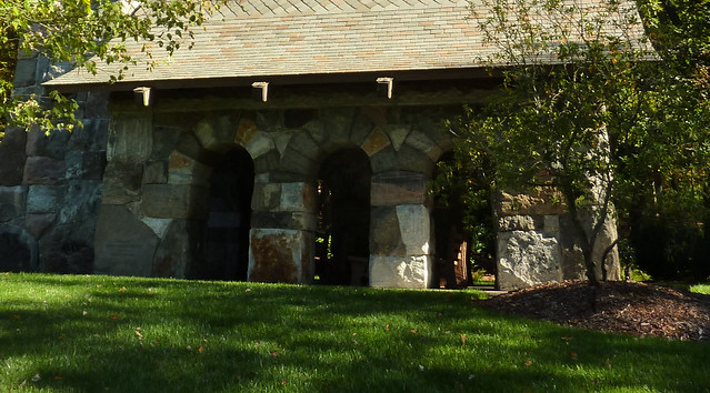 P1120927-2012-10-17-Barbara-Johnson-Prickett-Chapel-Westminster-School-Atlanta-side-arches