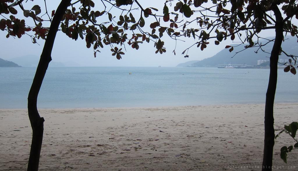 陰天的海邊