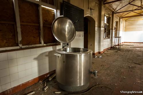 EF Kitchen 2